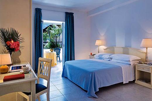 Hotel parco delle agavi forio hotel club le agavi forio for Albergo meuble agavi