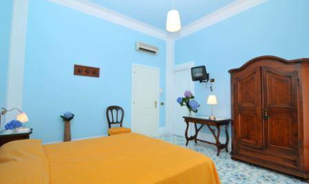 Hotel mignon meubl sorrento hotel centro sorrento for Hotel mignon meuble