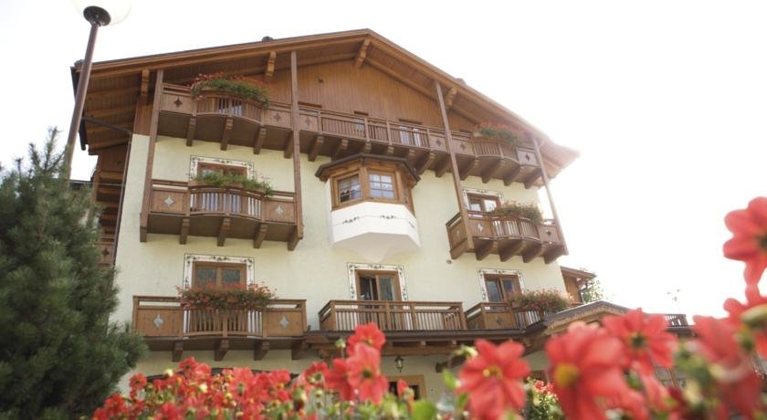 Hotel Almazzago - Hotel